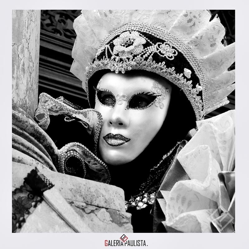 GP-F71051-Daniela-Souza-Carnaval-Veneza-2-2017-90×60-galeria-paulista-a